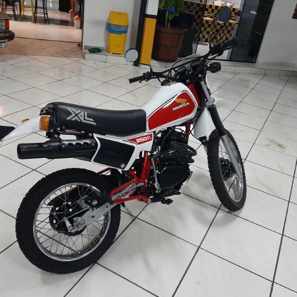 HONDA XL 250 - 1983
